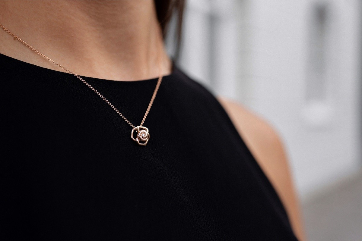 "Nouvelle Collection ""Rose de Luxembourg"" en or rose 18K!"